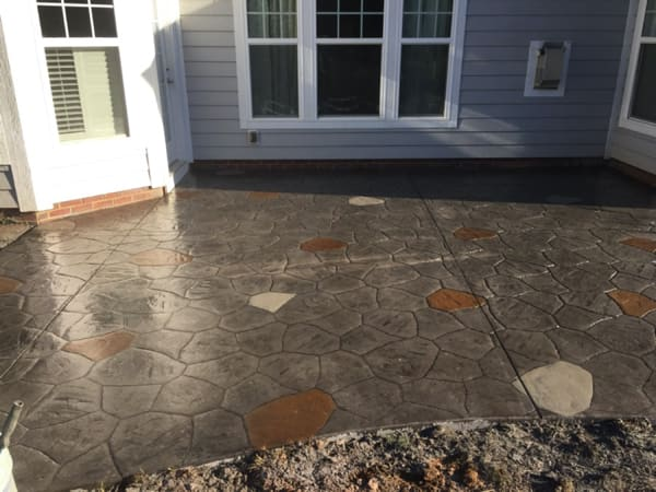 Should I Get Stamped or Brushed Concrete for my Patio?